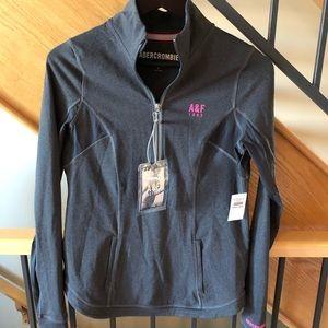 Brand new Abercrombie Active half zip shirt